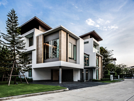 タイ王国バンコクにて戸建分譲住宅事業・分譲マンション事業に参画